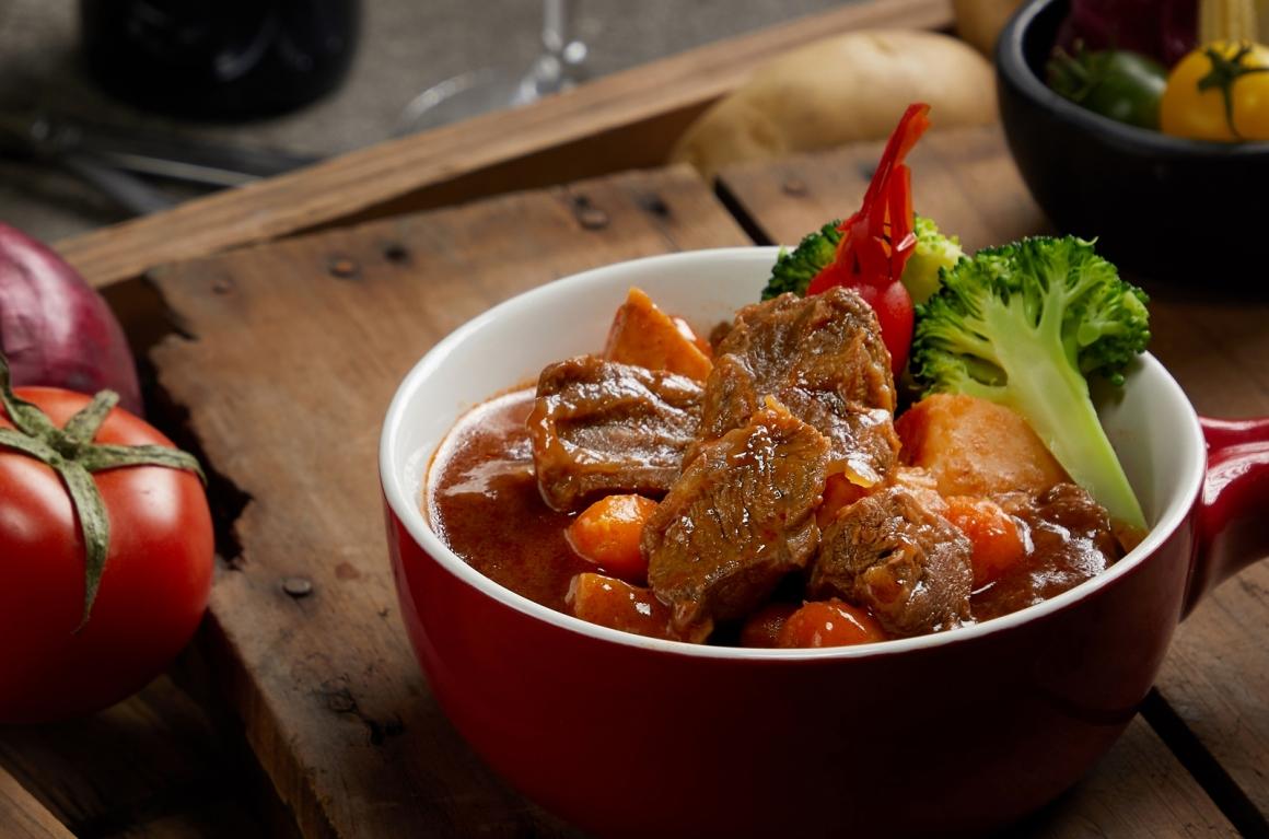 茄汁紅酒牛肉-修