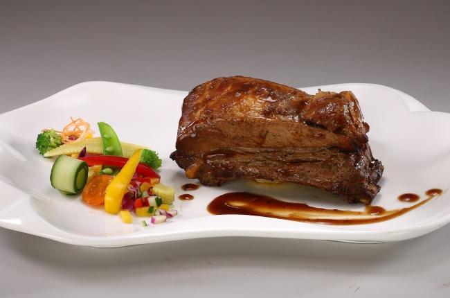 鴻運爐烤豬肋排